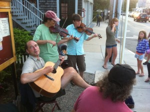 free street music in Woods Hole on Cape Cod